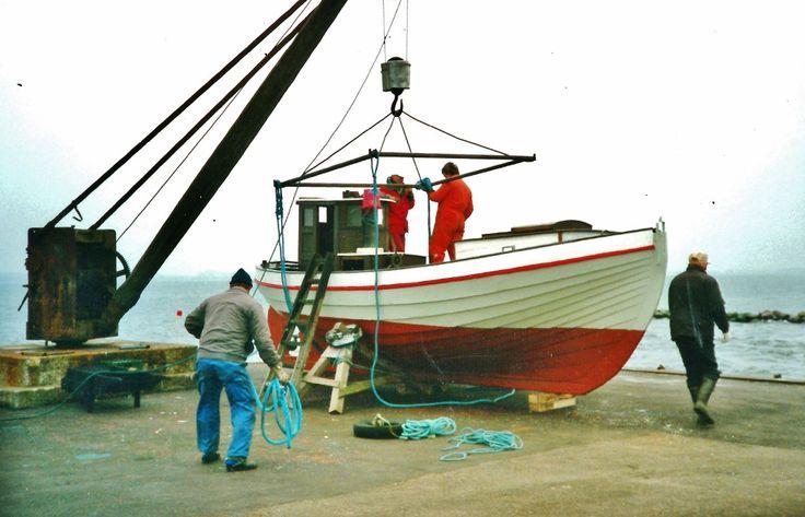 K1054 Karen er blevet malet og er klar til at forlade Lindebroen, Bogø Havn, og tiltræde rejsen til den nye ejer Børge Schiang på Christianshavn. Juli 1996. Fra Karens arkiv.