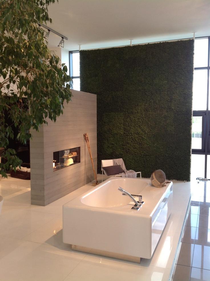 Peace Hotel bathtub #verdeprofilo #falper #cersaie #bologna