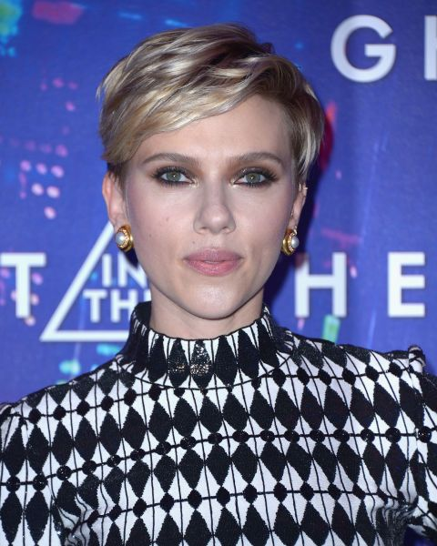 Officially the rock and roll way to work a crop, Scarlett Johansson's short hair is badass.