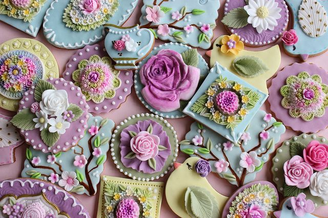 First spring cookies by bubolinkata, via Flickr