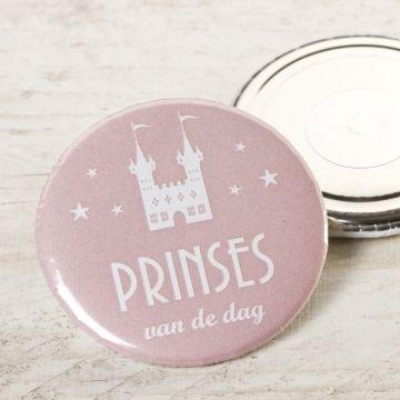 Lief magneetje met silhouet kasteel   Tadaaz  #communie #lentefeest #bedankje #magneet #roze #kasteel #prinses  www.tadaaz.be