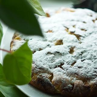 Шарлотка из черствого белого хлеба http://multivarkacoock.blogspot.com/2013/03/blog-post_21.html