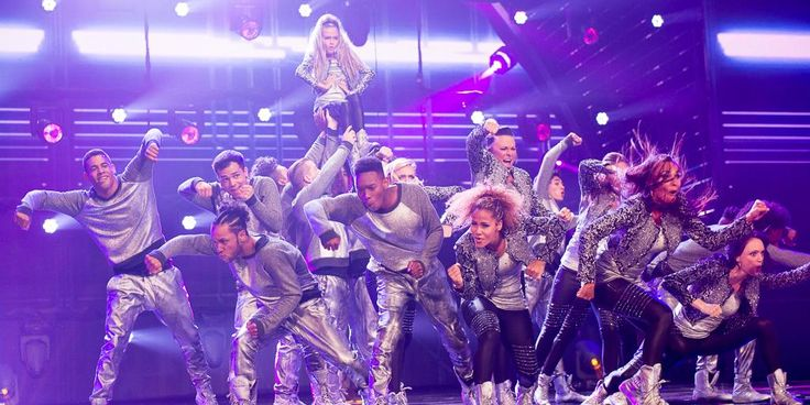 Extreme performs Dance Routine on America's Got Talent 2014 (VIDEO)