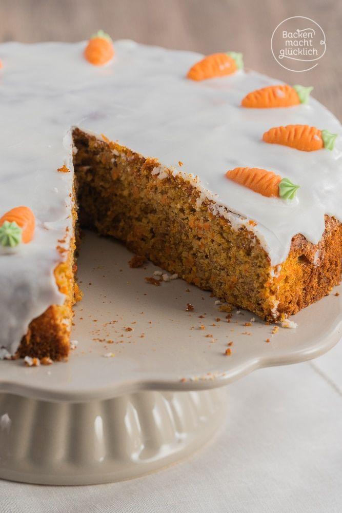 Backen macht glücklich | Saftiger Karottenkuchen ohne Mehl für Ostern | https://www.backenmachtgluecklich.de