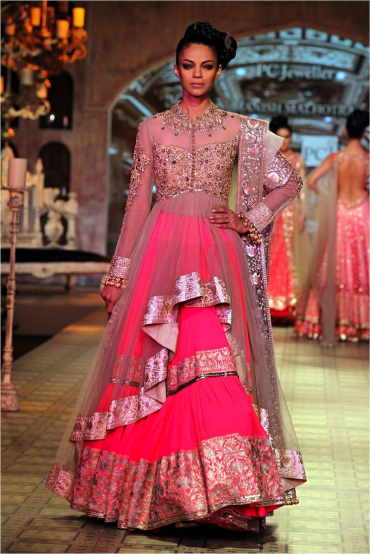 Manish malhotra bridal collection 2014 - Manish Malhotra S Couture Collection At Pcj Delhi Couture Week 2012