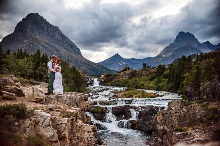 Top 5 Spots in Glacier National Park to Elope | Montanan Wedding Photographer | www.mariannewiest.com | #montanaweddingphotographer #montanaweddingphotos