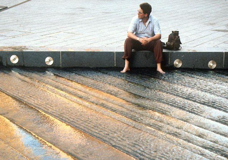 Water cascade steps in Potsdamer Plaza, Berlin by ATELIER DREISEITL
