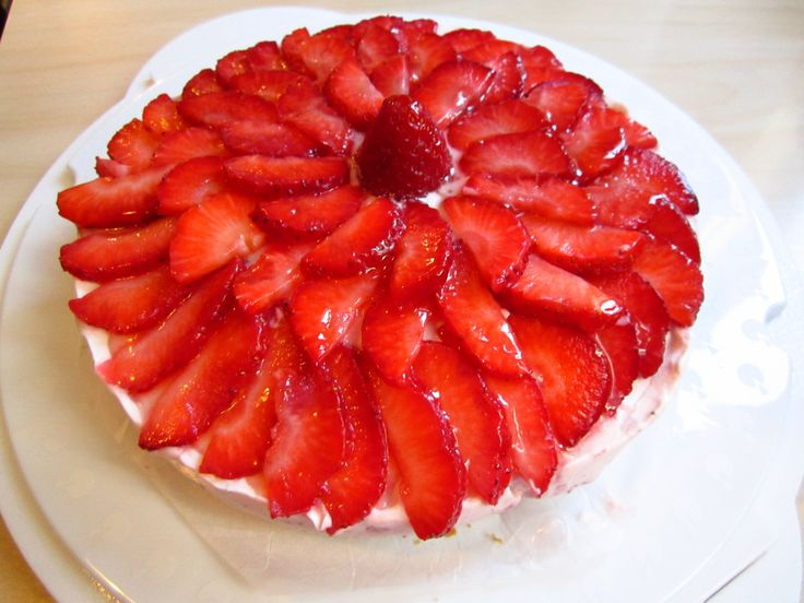No-Bake Cheesecake - Quick and Easy Recipes http://quickneasyrecipe.weebly.com/no-bake-cheesecake.html