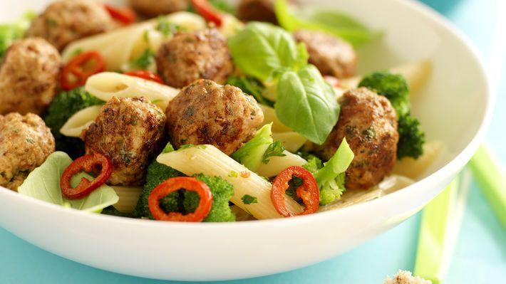 MatPrat - Kjøttboller med pasta