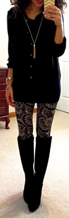 Leggings is the magic answer when it comes to fall & winter outfits, you can wear them at almost any occasion, they're comfy and look so good. To have the best