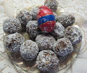 Egy finom Zabpelyhes kókuszgolyó diétásan ebédre vagy vacsorára? Zabpelyhes kókuszgolyó diétásan Receptek a Mindmegette.hu Recept gyűjteményében!