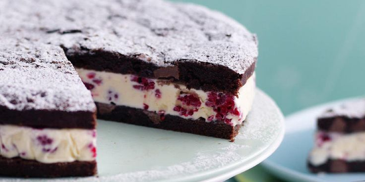 Recipe for Raspberry Brownie Ice Cream Cake