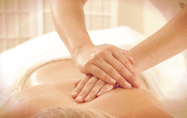 Quiromasaje, el poder terapéutico de las manos #ArvilaMagna #manos #quiromasaje #masaje #masage #zen #healthy #natural #holistic