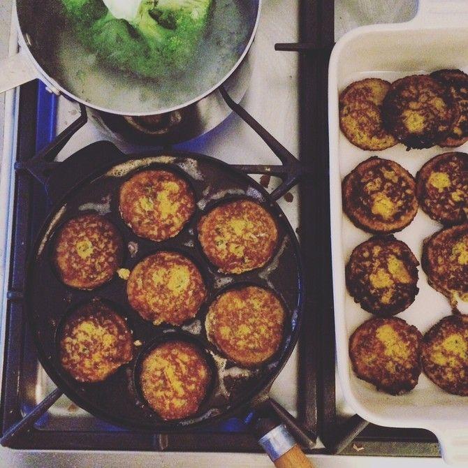Helppo ja hyvä porkkanapihvien perusohje, jota voi varioidalla lisäämällä mausteita tai muita aineksia.