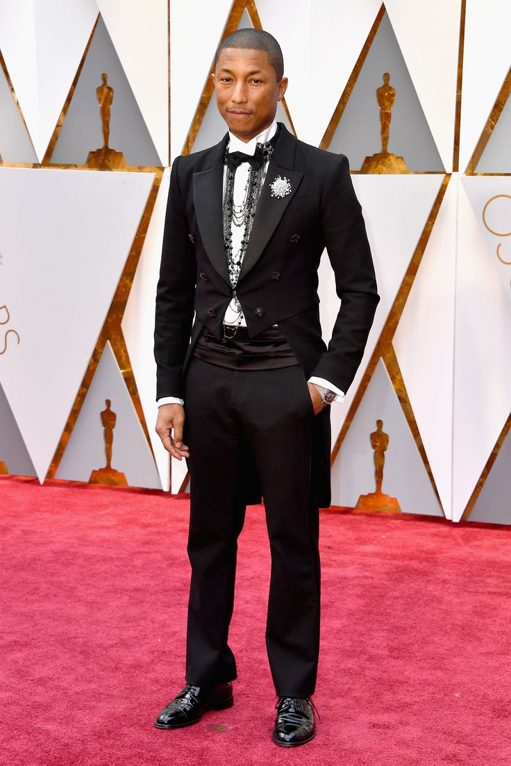Pharrell Williams in Chanel @ The Academy Awards 2017