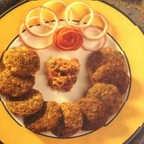 Shami Kebab Recipe - Succulent minced lamb patties with some bengal gram and loads of fragrant masalas. Deep fried till golden.
