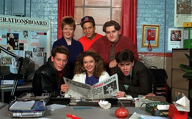 Superb series ---> Press Gang, starring Julia Sawalha, Dexter Fletcher, Paul Reynolds, Kelda Holmes and Mmoloki Chrystie, 1989-93