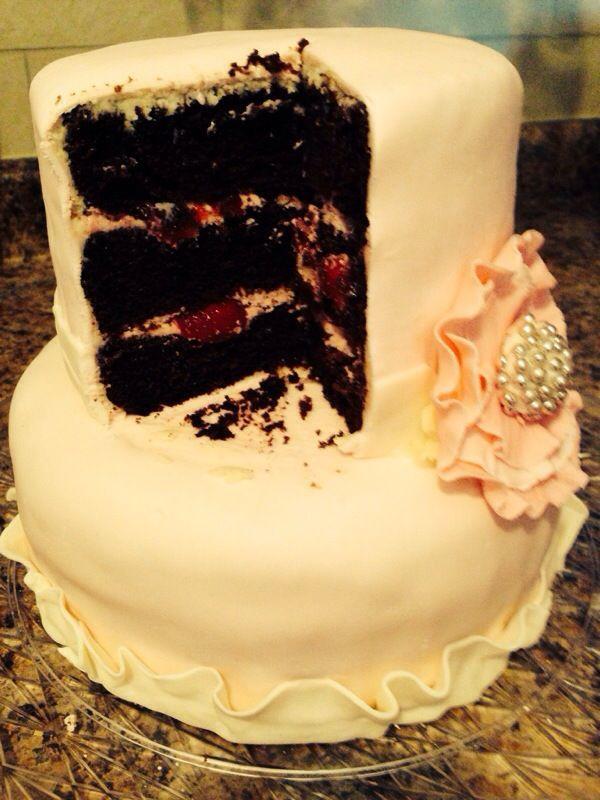 chocolate strawberry ganach cake