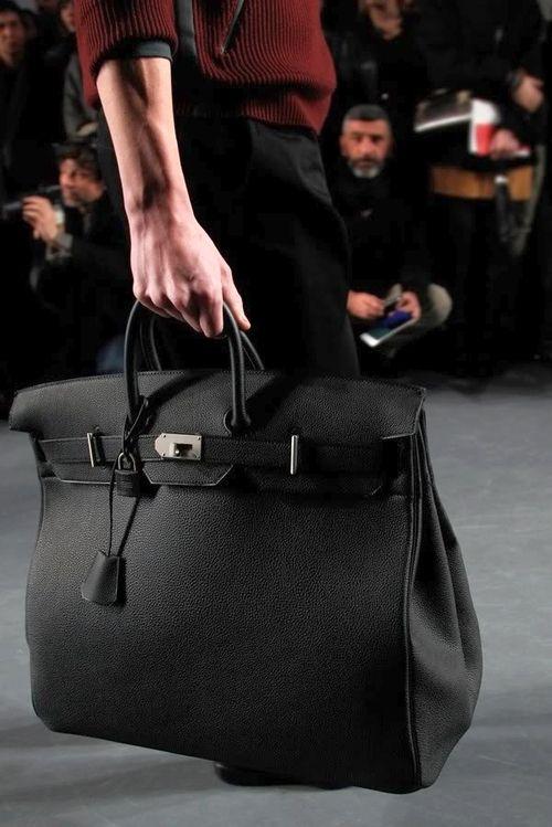 HERMÈSHaut à Courroies 50cm the male version of the birkin bag