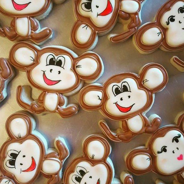 If you want to monkey around in the kitchen use the Monkey Cookie Cutter. Your results are guaranteed to turn out adorable! Available in mini, standard, and large sizes for your convenience. Browse mo