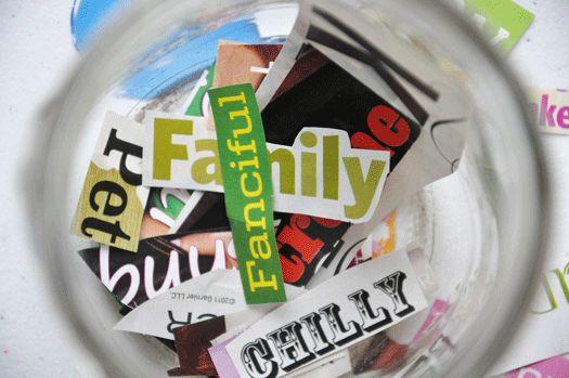 Leuke schrijfopdracht: knip woorden uit tijdschriften en laat iedere leerling vijf van die woorden uit de pot pakken
