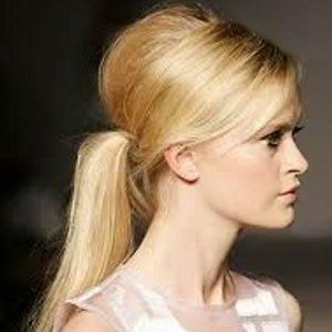 pony up.: Hair Ideas, Pony Tail, Hairstyles, Hair Styles, Wedding, Ponies, Makeup, Beauty