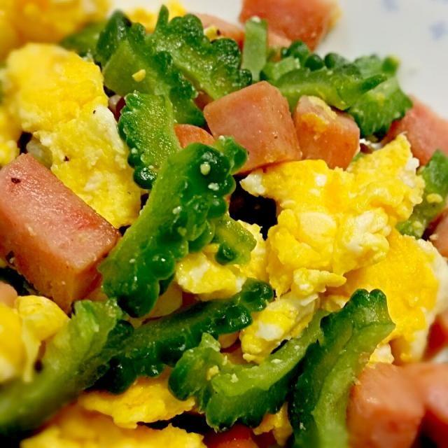 お弁当用なのでお豆腐を使わずにゴーヤ、スパム、卵で作りました - 42件のもぐもぐ - お弁当用のゴーヤチャンプル by rpurel