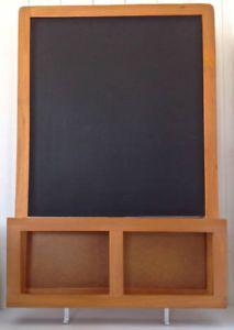 Collection. Décoration. Tableau noir. Encadrement en bois