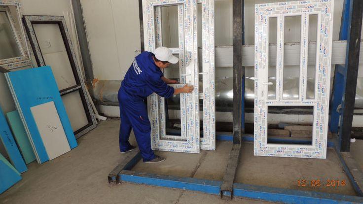 Infissi Serramenti Persiane PVC Alluminio porte/finestre prezzi Romania