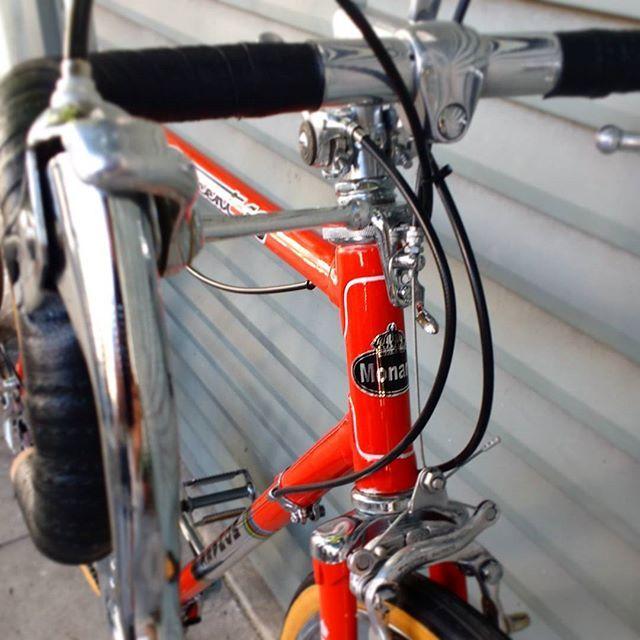 Monark Crescent 10 restaurada. Se você tem uma bike antiga e quer vê-la como original novamente, não hesite.. fale com a gente