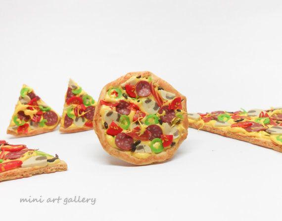 Pizza ring / Italian food, fast food ring, special pepperoni mini food charm, junk food miniature, kawaii handmade, fimo polymer clay. © Mini Art Gallery