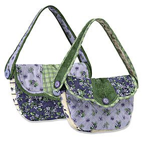 Free pattern. http://www.connectingthreads.com/patterns/Vintage_Violets_Handbags__D991265.html