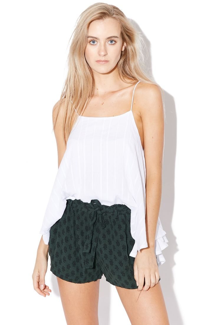 LUCK & TROUBLE Waisted Shorts Green