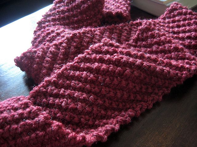 Diagonal Knit Scarf Pattern : 1000+ images about Hooks & Needles on Pinterest Free pattern, Dishcloth...