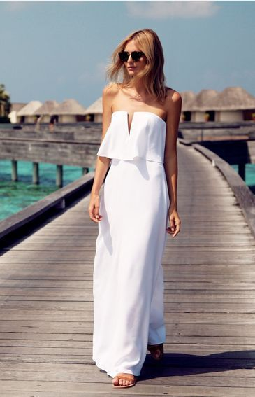 d0dad35b665 White Sleeveless Maxi Dress One Can Wear In Wedding Ocassions With Heels.  It looks Awful!