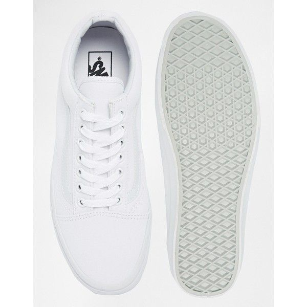Vans Old Skool Trainers In White VD3HW00 (€57) ❤ liked on Polyvore featuring men's fashion, men's shoes, men's sneakers, mens slip on shoes, mens slip on sneakers, sperry top sider mens shoes, mens slipon shoes and mens white shoes