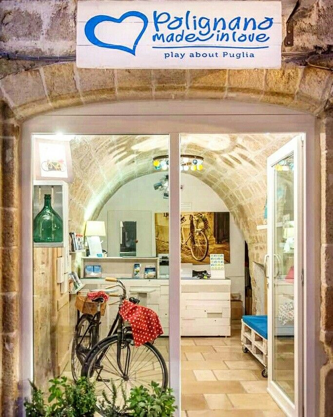 If nothing ever changed anything, there would be no butterflies. This is our new home, always ready to welcome you!!  https://www.instagram.com/p/BE5kS5pAxyj/  #polignanomadeinlove #ilovepolignanoamare #home #office #bike #ilovebike #tourism #tour #happy #newseason #may #WeAreInPuglia #viaanemone39 #polignanolovers