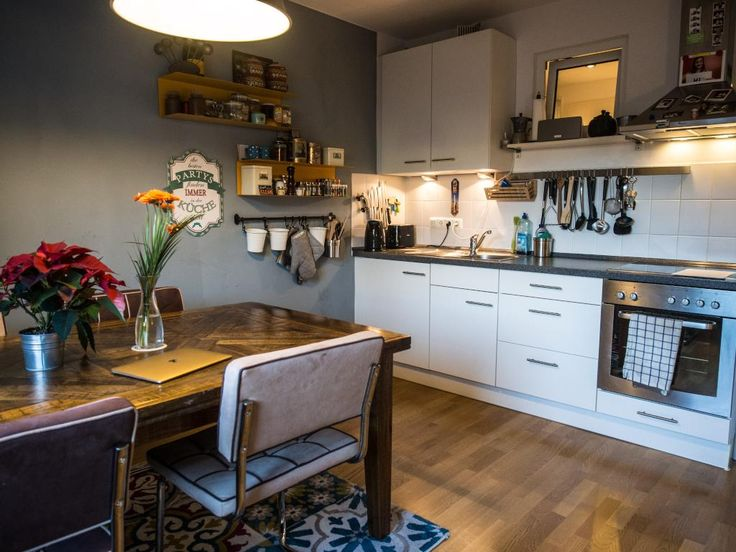#Küche #Wohnküche #Esszimmer #Einrichtung #Einrichtungsidee #Esstisch  #Küchenregal #Küchenzeile #kitchen #diningroom #interior #homeinterior  #homedecor ...