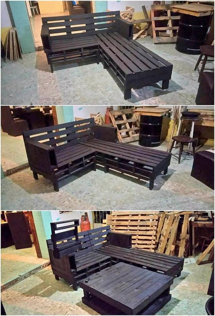This elegant piece of wood pallet couch and table set for as ideally meant for the perfect finishing of the house furnishings. Having a couch made from wood pallet turns out to add the beauty. its attractive feature has been the availing use of black wood pallet artwork.