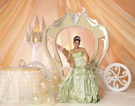 Decorations For A Quinceanera   Princess Or Cinderella Theme Quinceanera    Mis Quince Mag
