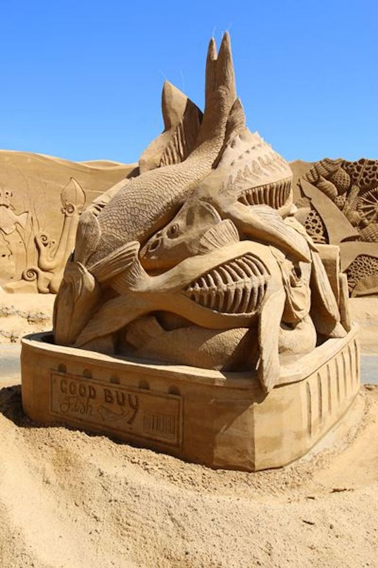 Best Outdoor ArtSculptures Images On Pinterest Outdoor Art - This towering sand sculpture just broke the world record for the tallest ever sandcastle