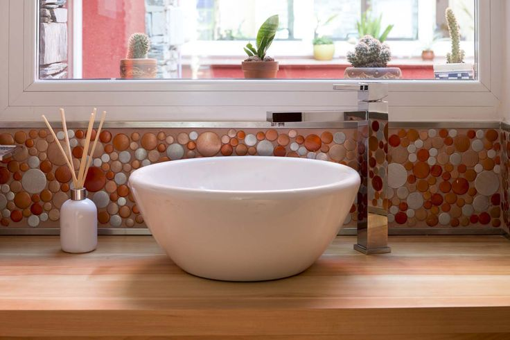 Mosaico Tetris y pastina Starlike Corallo en un baño con mucho estilo.