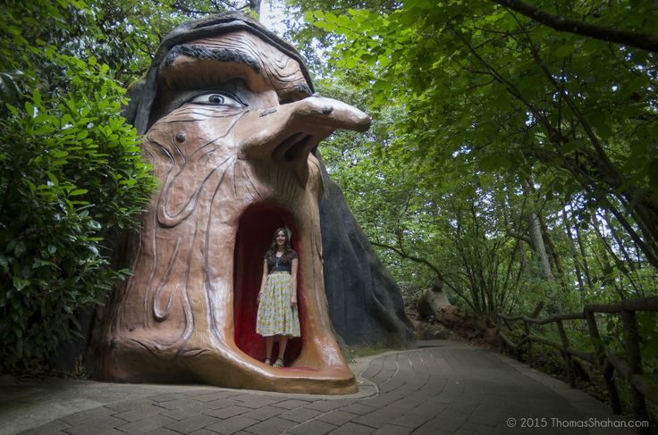 From a fairytale theme park to quirky museums, here are 7 unusual places in Oregon that will boggle your mind...