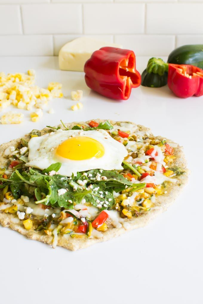 Shredded Zucchini Breakfast Pizza (but you can totally eat it for dinner)   immaEATthat.com
