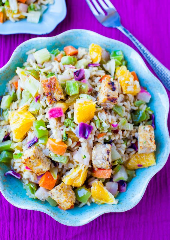 Orange Ginger Tempeh & Brown Rice Salad with Orange Balsamic Vinaigrette. Popping with flavor. My new fave salad (vegan). Make in 10 mins