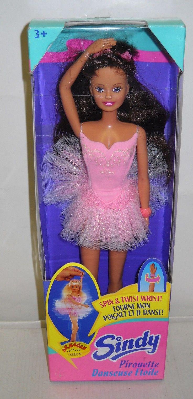 3433 NRFB Sindy Doll Ballerina Pirouette Danseuse Etoile