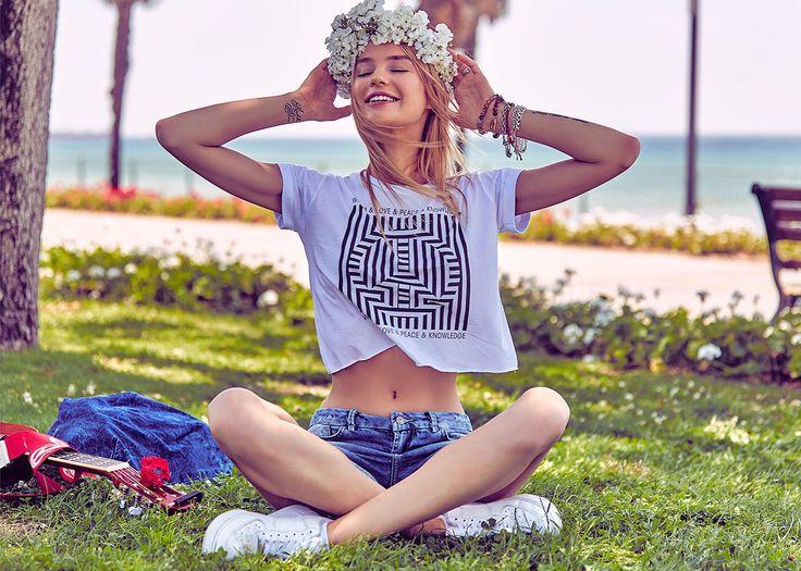 Mutlu Pazarlar! #ltb #ltbjeans #jeans #summer #sea #flowers #denim #happysunday #sundaymood