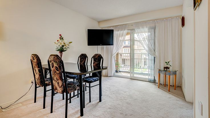 Real Estate Photography   27 Webbford St, Ajax, ON