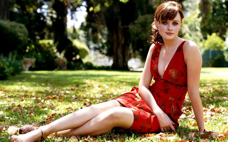 hollywood female celebrities check out here : http://www.songsbay.in/wallpapers/hollywood_celebrities.html