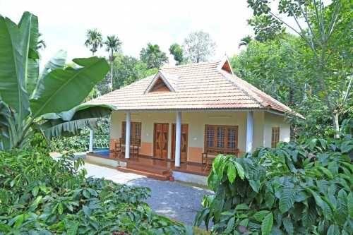 Reasonable 6 Bedroom Homestay In Wayanad